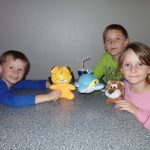 Garfield, Delfin und Lisa, die Löwin